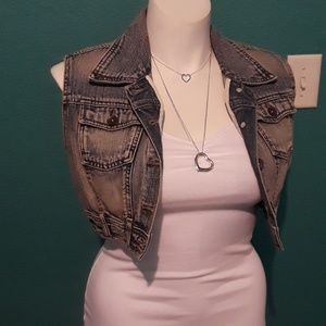Mossimo cropped denim vest